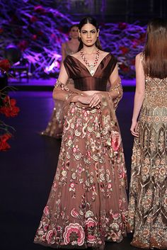 Manish Malhotra - Amazon India Couture Week 2015 Pakistani Outfits, Indian Outfits, Manish Malhotra Bridal Collection, Indian Look, Indian Wear, Indian Bridal Lehenga, Indian Designer Wear, Indian Designers, Asian Bridal