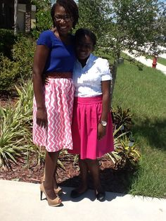 My sister and niece wearing skirts sown by moi.