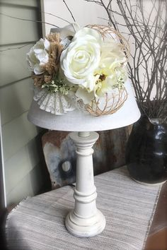 handmade / decorated lamps / table lamps / Cottage Chic / Shabby Chic / ivory lamp / burlap lampshade / ivory / burlap / bedside lamp