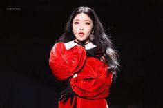 Kim Chungha, Ioi, Korean Singer, Kpop Girls, Leather Jacket, Photoshoot, Jackets, Beauty, Beautiful