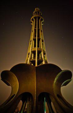 Tall monumental minaret in Iqbal Park Lahore, Pakistan.