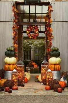 Beautiful fall porch decorating ideasI'm a sucker for a beautifully decorated porch or container garden. I though Friday would be a good time to share these ide Autumn Decorating, Porch Decorating, Decorating Ideas, Decor Ideas, Fall Home Decor, Holiday Decor, Fall Harvest, Autumn Fall, Winter