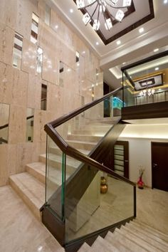 Gallery photos for stairs interior design ideas. Staircase Wall Decor, House Staircase, Stair Walls, Interior Staircase, Modern Staircase, Home Stairs Design, Stair Railing Design, Home Interior Design, House Front Design