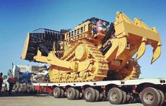 – Volvo – Kawasaki Are you scared? Heavy Construction Equipment, Construction Machines, Heavy Equipment, Caterpillar Bulldozer, Caterpillar Equipment, Truck Transport, Armored Truck, Crawler Tractor, Mining Equipment