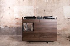 Dutch designer Rik ten Velden is targeting home DJs with the Selectors Cabinet – a wooden DJ booth, room divider and record storage unit that he will showcase at Milan design week. Vinyl Storage, Record Storage, Cool Furniture, Furniture Design, Custom Furniture, Modern Furniture, Dj Table, Studio Table, Dj Booth