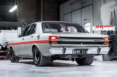 Eight-second twin-turbo Windsor-powered XY Falcon - My list of the best classic cars Australian Muscle Cars, Aussie Muscle Cars, Ford Classic Cars, Best Classic Cars, Chevy Motors, Car Museum, Ford Fairlane, Ford Falcon, Twin Turbo
