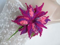 Good Pic Exotic Flowers purple Tips Local roses as well as plants can be quite . Good Pic Exotic F Magenta Flowers, Purple Roses, Exotic Flowers, Amazing Flowers, Felt Flowers, Purple Tips, Nuno Felting, Handmade Flowers, Flower Brooch