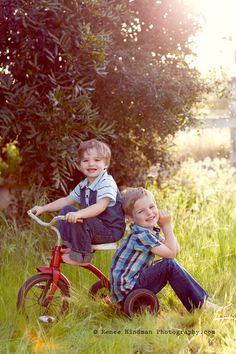 Family session.. 2 boys