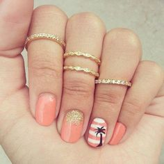 Cute Coral tropical Nails! <3! SUPER CUTE! Try them out ladies! #coralnails #nailart #peachnails #nails Get more lovely nail art looks at http://bellashoot.com :)