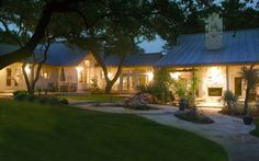 Small Quot Texas Hill Country Quot Home Design Porch Beams