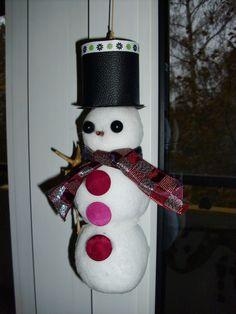 Schneemann aus  Kunstschneebälle