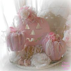 ✿ڿڰۣ Pink Pumpkins for Shabby Chic / Cottage Decor www.infanteeniebeenie.com