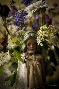 melina-dolls:  green #2 by koroa on Flickr.