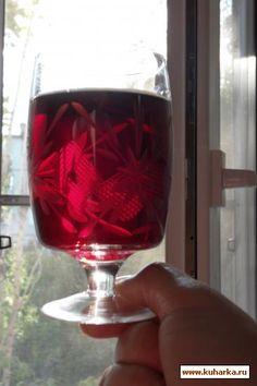 Рецепт: Вино из черноплодной рябины и яблок.