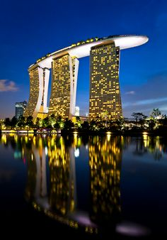 Marina Bay Sands - Singapore - Soon I will be there and having a Singapore Sling at the Sky Deck Places Around The World, The Places Youll Go, Travel Around The World, Places To See, Around The Worlds, Marina Bay Sands, Bali, Amazing Buildings, Amazing Architecture