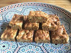 Glutenvrije appelcake - recept Fodmap Baking, Healthy Comfort Food, Cake Cookies, Apple Pie, Baking Recipes, Banana Bread, Low Carb, Gluten Free, Breakfast