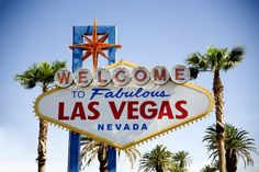 Le fameux panneau «Welcome to Fabulous Las Vegas» apparait dans beaucoup de films ou séries américaines. Et si vous organisiez une soirée Casino ?