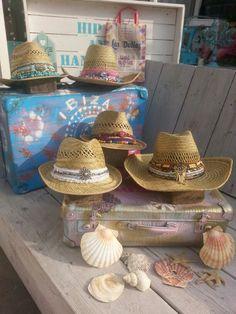 Ibiza hats                                                                                                                                                                                 Más