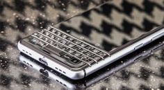 BlackBerry shows off Mercury Android phone prototype with a full QWERTY keyboard