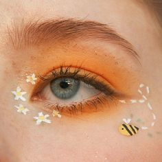 aesthetic makeup eyeliner # eye makeup - make-up - Cute Makeup Looks, Makeup Eye Looks, Eye Makeup Art, Blue Eye Makeup, Pretty Makeup, Makeup Kit, Makeup Inspo, Eyeshadow Makeup, Makeup Inspiration