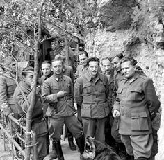 Operation Rosselsprung German attempt to kill Tito. Marshal Tito during the Second World War in Yugoslavia, May Office Of Strategic Services, Celebridades Fashion, History Online, Modern History, European History, Le Chef, Military History, World War Two, Warfare