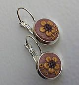 Embroidery handmade polymer clay brown flowers earrings http://www.sashe.sk/KatikaZ/detail/brown-flower http://www.fler.cz/zbozi/brown-flower-6322273?pos=9