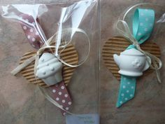 briciole di gioia Diy And Crafts, Arts And Crafts, Christmas Stockings, Christmas Ornaments, Paper Tags, Baby Boy Shower, Gift Tags, Projects To Try, Confetti