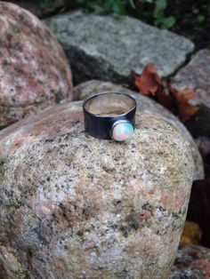 Favorit i repris Oxiderat silver med etiopisk opal