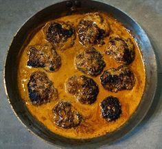 LCHF-Recept: Chili explosion-biffar i het sås Tasty, Yummy Food, Yummy Yummy, Lchf, Chili, Explosions, Keto Recipes, Keto Foods, Paleo