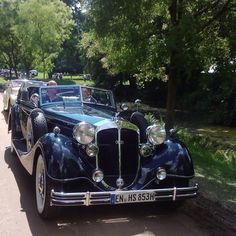 """1938 Horch 853 Sport Cabriolet (I think). Note the early """"Audi"""" badge (actually, Auto Union)."""