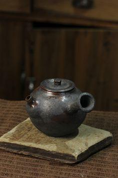 teapot \woodfired\  Baokun Suen