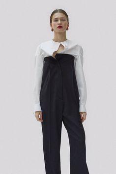 Céline Pre-Fall 2017 Fashion Show Collection