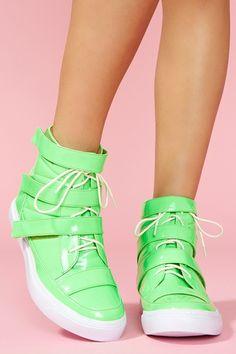EDC shoes?? YUSSSSSSSSS <3