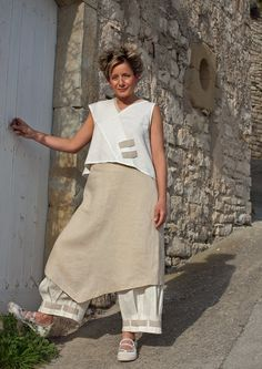 linen summer tunic with a 3/4 pants-:- AMALTHEE CREATIONS-:- n° 3289