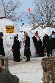 Amish girls at mud sale