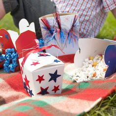 4th of July - Fireworks snacks (cute in red, white and blue take out boxes that kids can decorate)