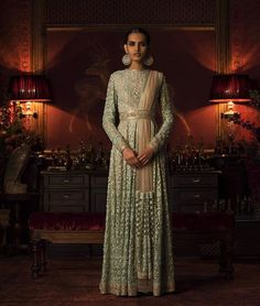 """angellcrush: """" strictly-indian-fashion: """" """"Firdaus"""" by Sabyasachi Mukherjee (Fall/Winter """" I'm in love """" Indian Wedding Outfits, Pakistani Outfits, Indian Outfits, Indian Attire, Indian Wear, Indian Style, Indian Ethnic, Ethnic Fashion, Asian Fashion"""