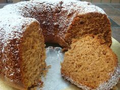 Dairy Free Chai-Spiced Honey Cake is flavored with cardamom, ginger, cinnamon, vanilla, and nutmeg. Food Cakes, Tea Cakes, Cupcake Cakes, Bundt Cakes, Cupcakes, Sukkot Recipes, Jewish Recipes, Holiday Recipes, Spring Recipes