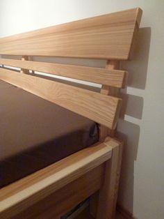 Manželská postel z masivu / Solid Wood Bed