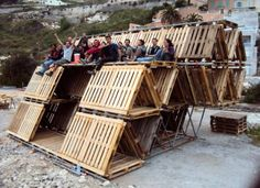 "Pallets home to DIY pop up city ""Hexa Structures"". This construction system is cheap and produces zero waste and installs the possibility of adaptation and co-creation of a design on site due to its modular nature. Temporary Architecture, Landscape Architecture, Public Space Design, Temporary Structures, Modular Structure, Pop Up Bar, Old Pallets, Urban Furniture, Diy Pallet Projects"
