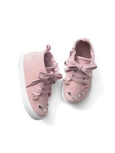 2195ba55f8cb Gap Baby Cat Lace-Up Sneakers Pink Standard Stylish Toddler Girl