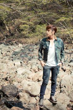 """JKS [스타캐스트 1주년 특집] """"스모키, 그게 뭔데?""""…장근석, 자연의 귀환 : 네이버 뉴스"""