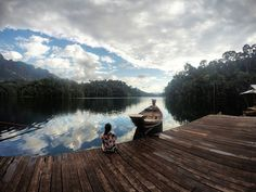 Cheown Lan lake in Khao sok national park. Waking up with this view it's breath taking