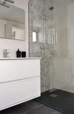 Bathroom Styling, Bathroom Interior Design, Interior Design Living Room, Living Room Designs, Family Bathroom, Small Bathroom, Bathroom Renovations, Bathroom Inspiration, Rishikesh