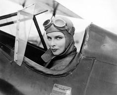 Katharine Hepburn as Lady Cynthia Darrington dans Christopher Strong (La Phalène d'argent) de Dororothy Azner - 1933