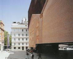 Herzog & de Meuron - Caixa Forum
