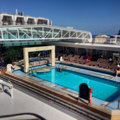 I just love the covered pool on this ship