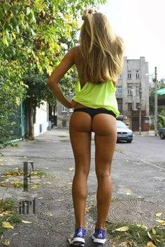 Inspirational Weight Loss and Fitness Pictures, fitspo, girls with fit bodies, girls with nice butss, squats for the butt Body Inspiration, Fitness Inspiration, Motivation Inspiration, Workout Inspiration, Corps Fitness, Fitness Motivation, Fitness Quotes, Fitness Models, Corps Parfait