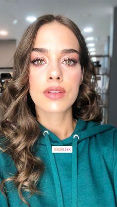Creative Instagram Stories, Instagram Story, Turkish Actors, Actors & Actresses, Makeup Looks, Western Style, Amazing, Beauty, Beautiful
