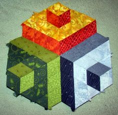 TUMBLING BLOCKS QUILT...............PC